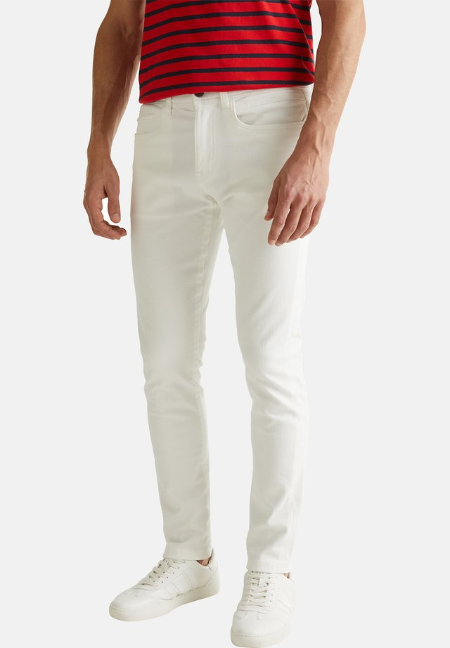 MIT SUPERSTRETCH-KOMFORT - Slim fit jeans - off white
