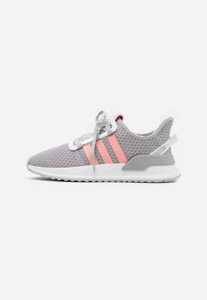 PATH RUN - Tenisky - grey two/glow pink/footwear white