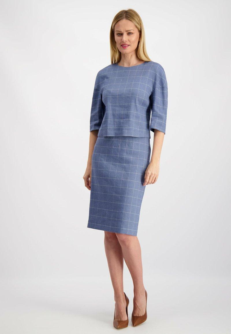 Lavard - Pencil skirt - hellblau