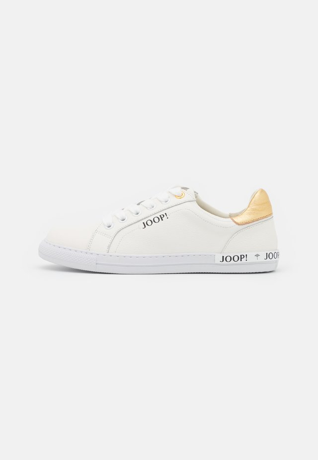GIORNO CARLA  - Sneakers laag - gold