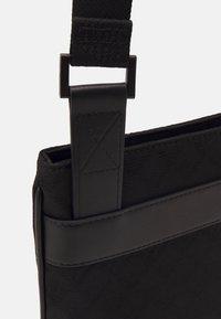 Emporio Armani - MESSENGER BAG UNISEX - Across body bag - black - 5