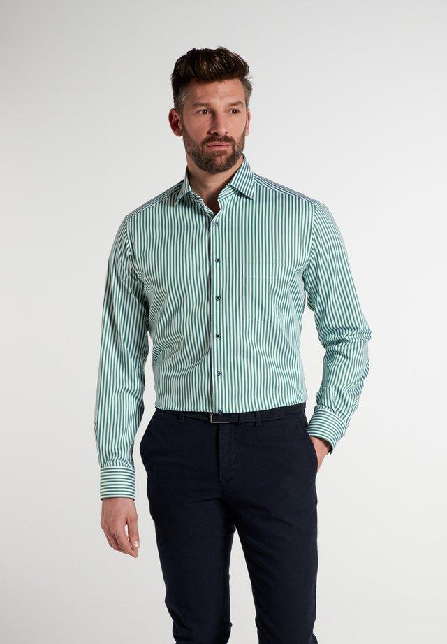 Shirt - grün/weiss