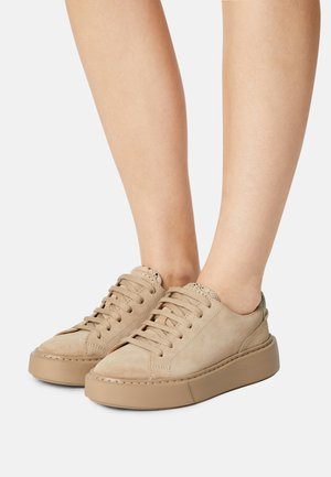 HERO LITE LACE - Trainers - taupe