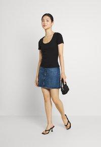 Vero Moda - VMZOE TEE - Basic T-shirt - black - 1
