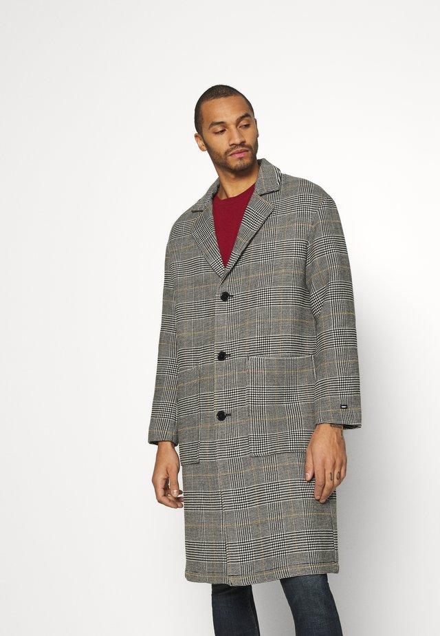 ORDER DRIVER COAT - Classic coat - black multi