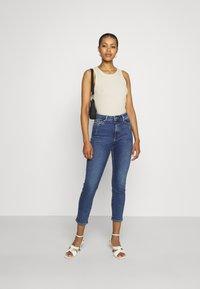 ONLY - ONLEMILY LIFE - Jeans Skinny - medium blue denim - 1