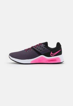 AIR MAX BELLA TR 4 - Zapatillas de entrenamiento - black/hyper pink/cave purple/white/lilac