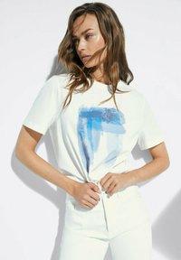 Massimo Dutti - T-shirt imprimé - white - 0
