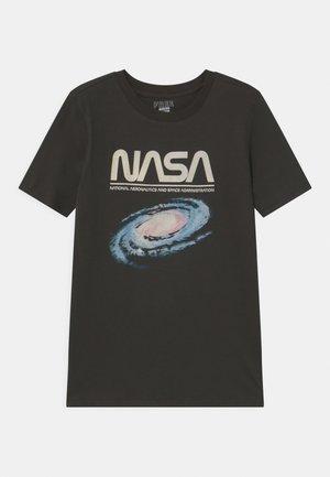 TEEN  - Print T-shirt - phantom