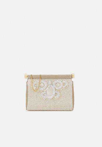 SHOULDER BAG - Taška spříčným popruhem - beige
