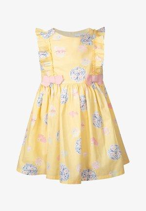 Vestido de cóctel - gelb