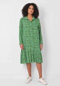 Live Unlimited London - Shirt dress - green - 0