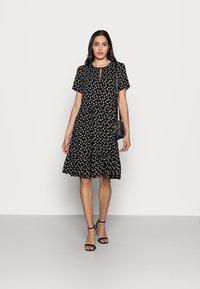 InWear - VIKSA DRESS - Sukienka letnia - black double dot - 1