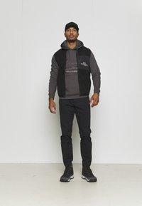 Peak Performance - GROUND HOOD - Sweatshirt - motion grey - 1