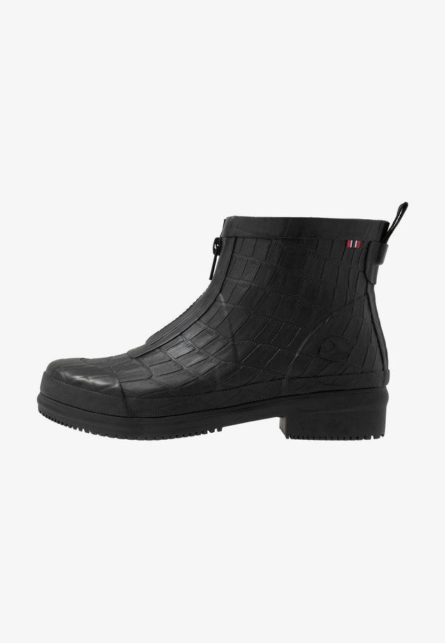 GYDA CROCO ZIPPER - Botas de agua - black