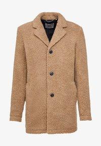 Anerkjendt - AKSAL JACKET - Classic coat - dijon - 3