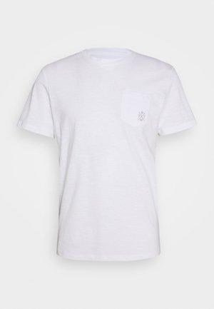 WITH POCKET - Jednoduché triko - white