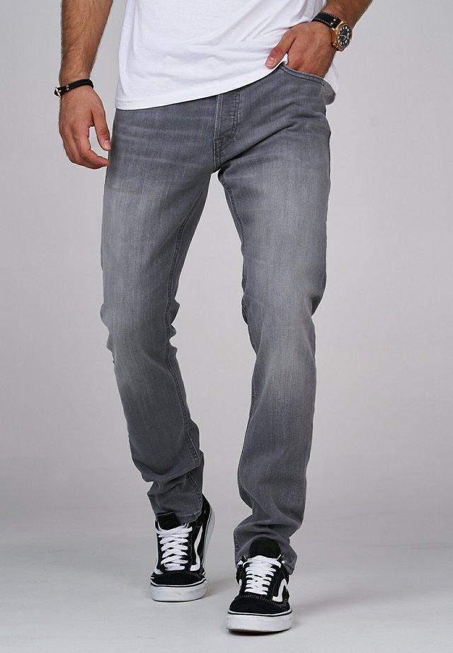 CLARK JJARIS  - Straight leg jeans - grey denim