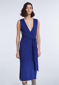 SET - SET KLEID - Day dress - blue print - 0