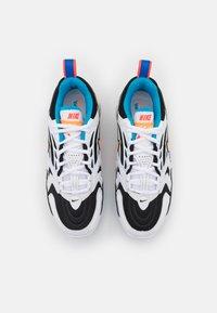 Nike Sportswear - AIR MAX VAPORMAX EVO - Trainers - black/bright citrus/white/laser blue/bright crimson - 6