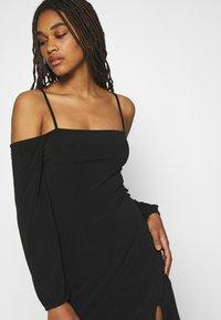 NA-KD - PAMELA REIF OFF SHOULDER MINI DRESS - Jersey dress - black - 4