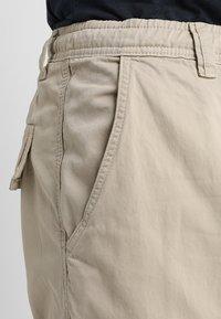 Urban Classics - Cargo trousers - sand - 5