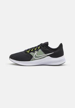 DOWNSHIFTER 11 - Zapatillas de running neutras - black/photon dust/volt/white