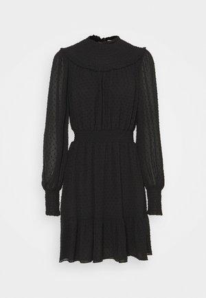 SWISS DOT SMOCKED DRESS - Denní šaty - black