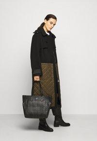 MCM - TONI VISETOS - Tote bag - black - 0