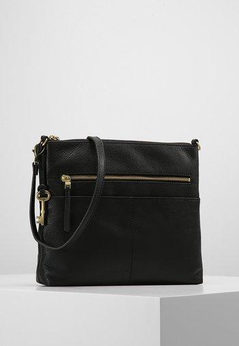 FIONA - Across body bag - black