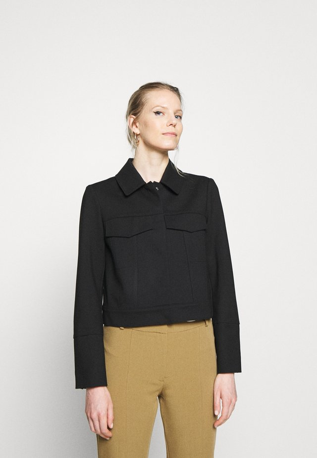 PUNTO DI ROMA JACKET BOXY CROPPED FAKE POCKETS HIDDEN  - Korte jassen - pure black