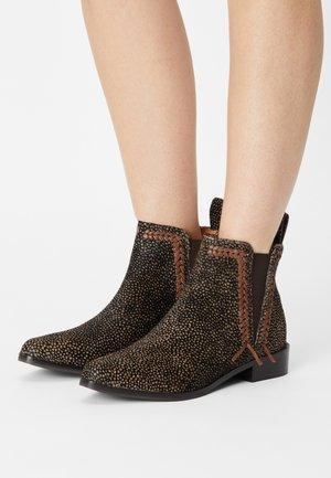 MARLIN  - Cowboy/biker ankle boot - brown