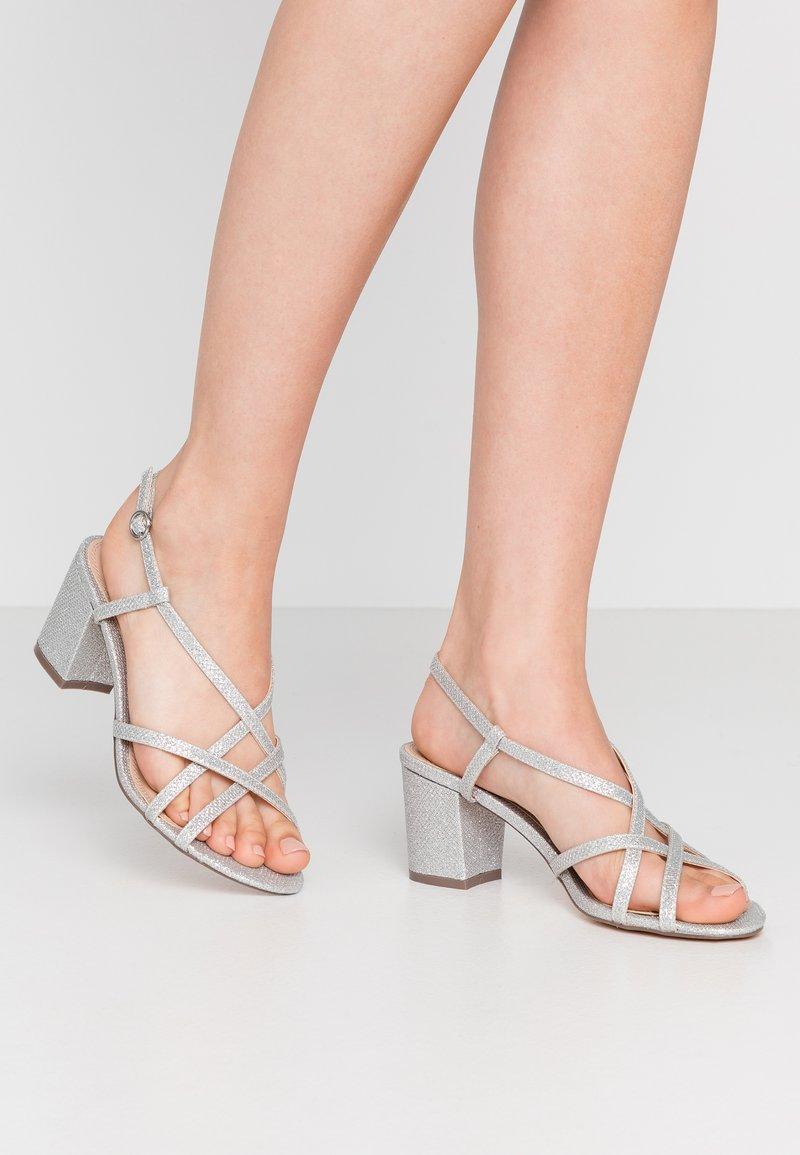 Dorothy Perkins - SILENCESTRAPPY BLOCK - Sandals - silver