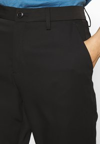 CLOSED - JACK - Trousers - black - 5