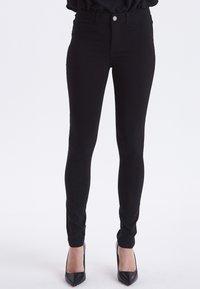 b.young - BENGALIN - Slim fit jeans - black - 0