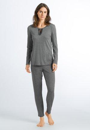 FIA - Pyjama set - stone melange