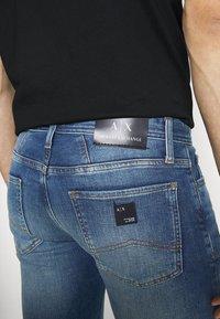 Armani Exchange - Jeans slim fit - indigo denim - 3