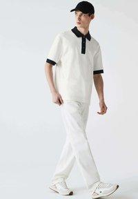 Lacoste - PH0029 - Polo shirt - blanc / bleu marine - 1