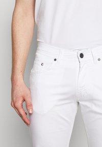 KARL LAGERFELD - Kalhoty - white - 3