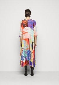 Henrik Vibskov - PULSE DRESS - Vestido informal - blurry lights print - 2