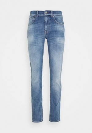 KIND TO THE PLANET - Slim fit jeans - light blue
