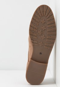 Pier One Wide Fit - Lace-ups - nude - 6