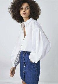 Ro&Zo - Button-down blouse - white - 0