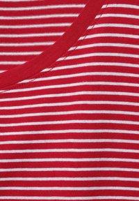 Street One - MIT STREIFEN - Print T-shirt - rot - 4