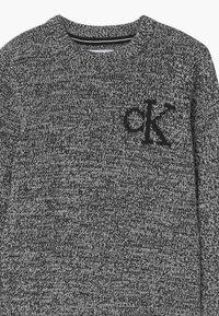 Calvin Klein Jeans - MONOGRAM - Jumper - black - 2