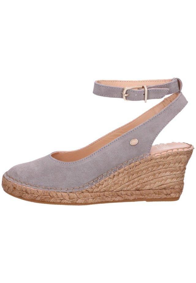 ESPADRILLE - Sandales à plateforme - grey