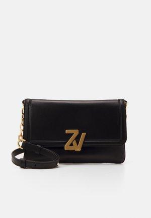 INITIALE CLU - Across body bag - noir