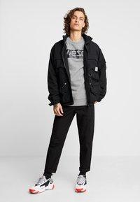 WeSC - MILES LOGO - Sweatshirt - medium grey melange - 1