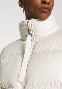 Marc O'Polo - PUFFER JACKET SHORT STAND UP COLLAR ZIPP - Down jacket - birch white - 6