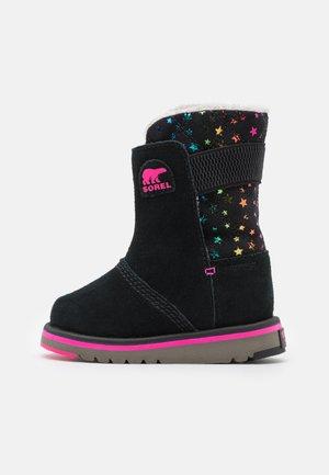 CHILDREN'S RYLEE - Winter boots - black